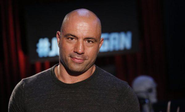 Джо Роган критикува участието на Си Ем Пънк в UFC
