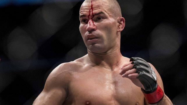 Артьом Лобов обмисля оттегляне след поражението си на UFC Гранск
